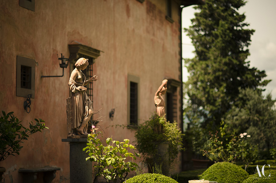 Destination Wedding Photographer Greve in Chianti(Florence). Wedding in TUSCANY, Villa Vignamaggio: Kathleen and Gaetano get married. Andrea Corsi italian destination wedding photographer.