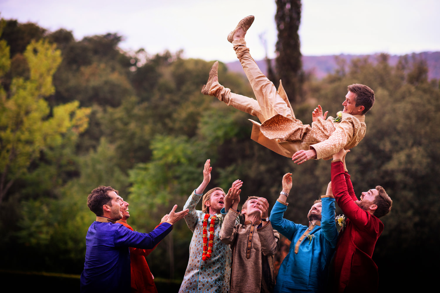Indian wedding in Villa castelletti. Groom jump