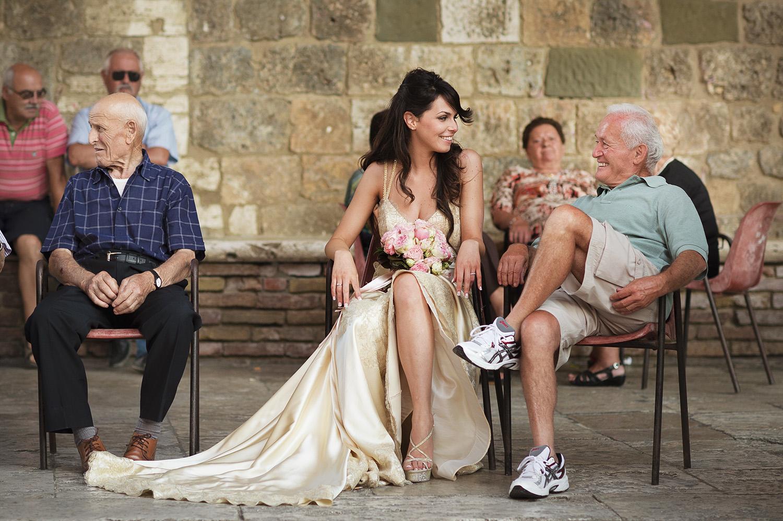 Funny moment in San Gimignano, Tuscany
