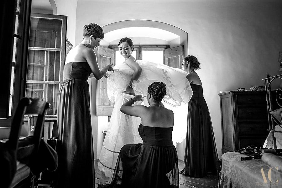 Wedding Photographer in Fiesole, Firenze, Castle of Vincigliata: Maya and Daniel. Andrea Corsi italian wedding photographer.