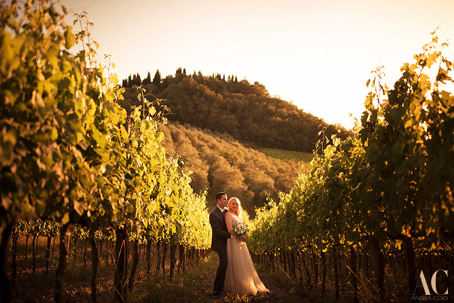 get married in tuscany countryhill