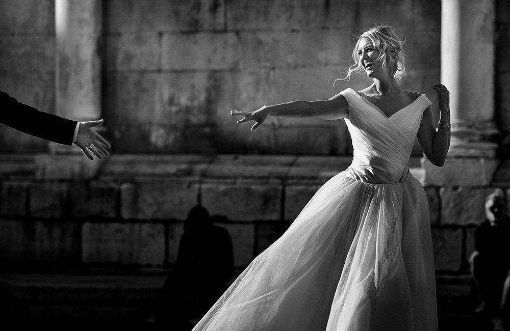 Romantic wedding photographer in Italy