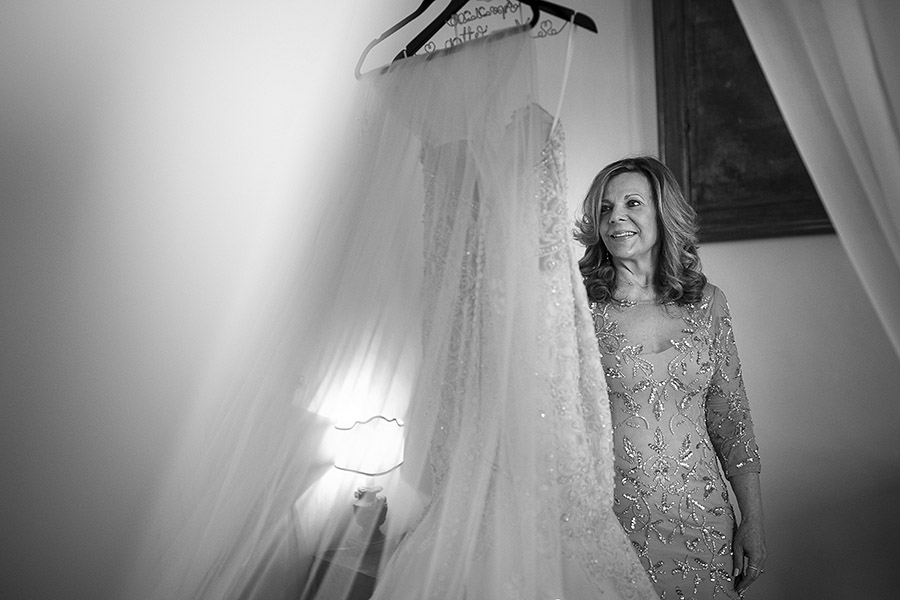 Woman and wedding dress, Meleto Castle wedding. Andrea Corsi photographer
